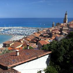 Menton 6 hotels with a jacuzzi