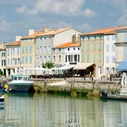 Saint-Martin-de-Ré 3 guest houses