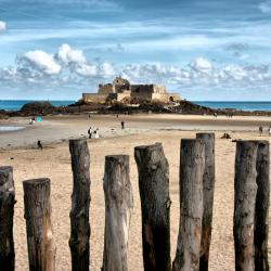 Saint Malo 47 accessible hotels