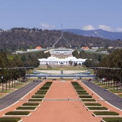 Canberra 184 hotels