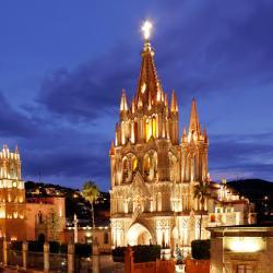 Сан-Мигель-де-Альенде 530 отелей