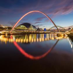 Newcastle upon Tyne 8 hotels with a jacuzzi