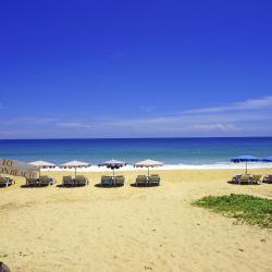 Karonas pludmale 286 viesnīcas