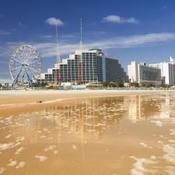 Daytona Beach 327 hotels