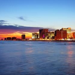 Atlantic City 10 three-star hotels