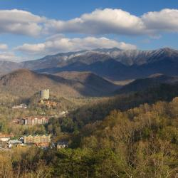 Gatlinburg 28 four-star hotels