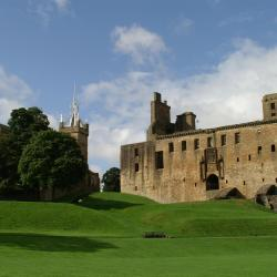 Linlithgow 18 hotels