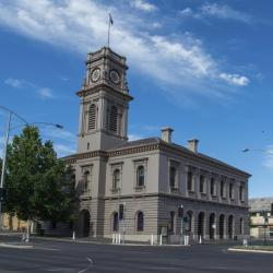 Castlemaine 41 hotels