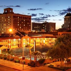 Reedley 3 hotels