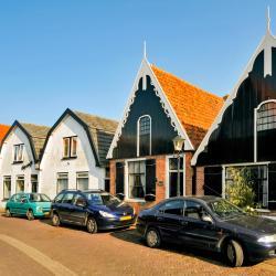 Den Hoorn 1 hotel
