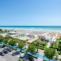 Alba Adriatica 213 hotels
