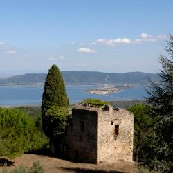 Orbetello 8 farm stays