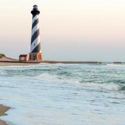 Hatteras 32 hotels with pools