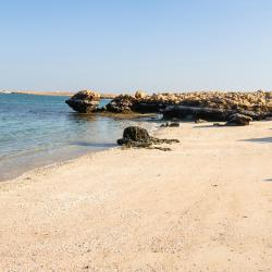Damour 3 hotels