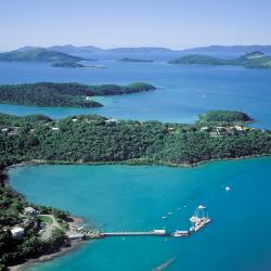 Shute Harbour 9 hotels