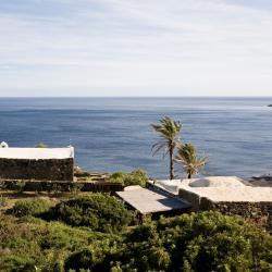 Pantelleria 5 country houses