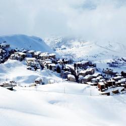 Kfardebian 10 hotels