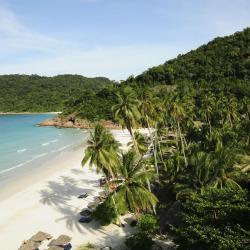 熱浪島 10 間飯店