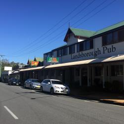 Landsborough 4 hotels