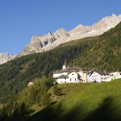 Airolo 15 hotels