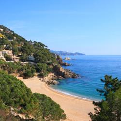 Cala en Blanes 9 pet-friendly hotels