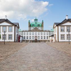 Fredensborg 9 hotels