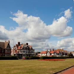Gorleston-on-Sea 12 vacation homes