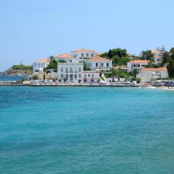 Spetses 4 country houses