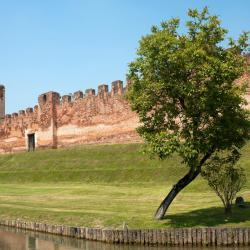 Castelfranco Veneto 15 hotels