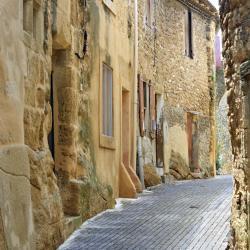 Sérignan 61 hotels