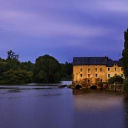 Mayenne 8 hotels