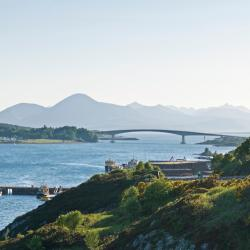 Kyle of Lochalsh 25 hotels