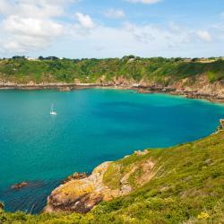 St. Martin Guernsey 13 hotels