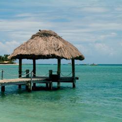 Malolo Lailai 3 resorts