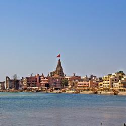 Dwarka 63 hotels