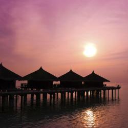 جزيرة راسدو 33 فندق