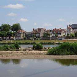 Cosne-Cours-sur-Loire 13 hotels