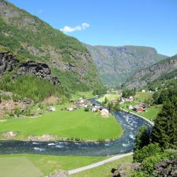 Flåm 13 vacation rentals