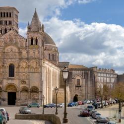 Angoulême 46 hôtels