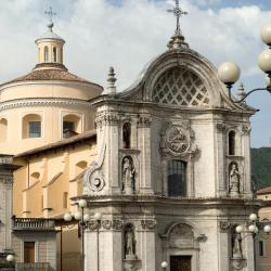 L'Aquila 100 hotels