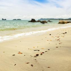 Pantai Kok 11 hotels