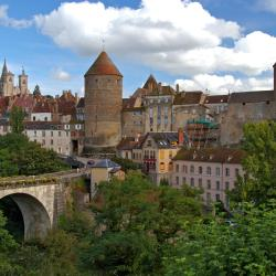 Semur-en-Auxois 23 hotelů