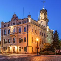 Jarosław 12 hotels