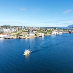 Kristiansund 12 hotels