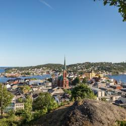Arendal 22 hotels