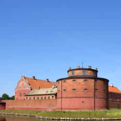 Landskrona 8 hotels
