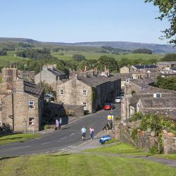 Hawes 23 hotels