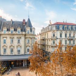 Valence 53 hotels