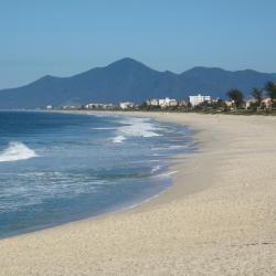 Saquarema 39 beach hotels