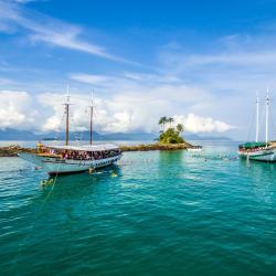 Praia do Bananal 6 hotels